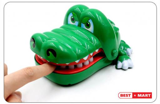 Đồ chơi cá sấu cắn tay cỡ lớn
